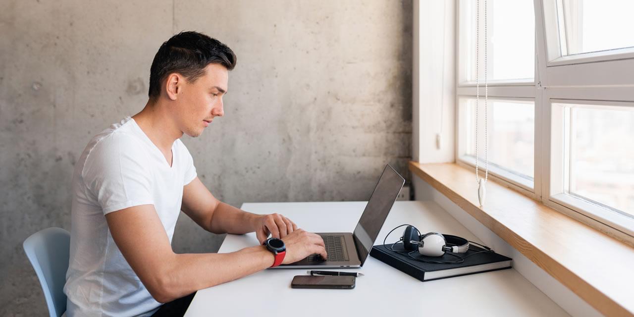Home office: 6 dicas para se manter produtivo trabalhando remotamente